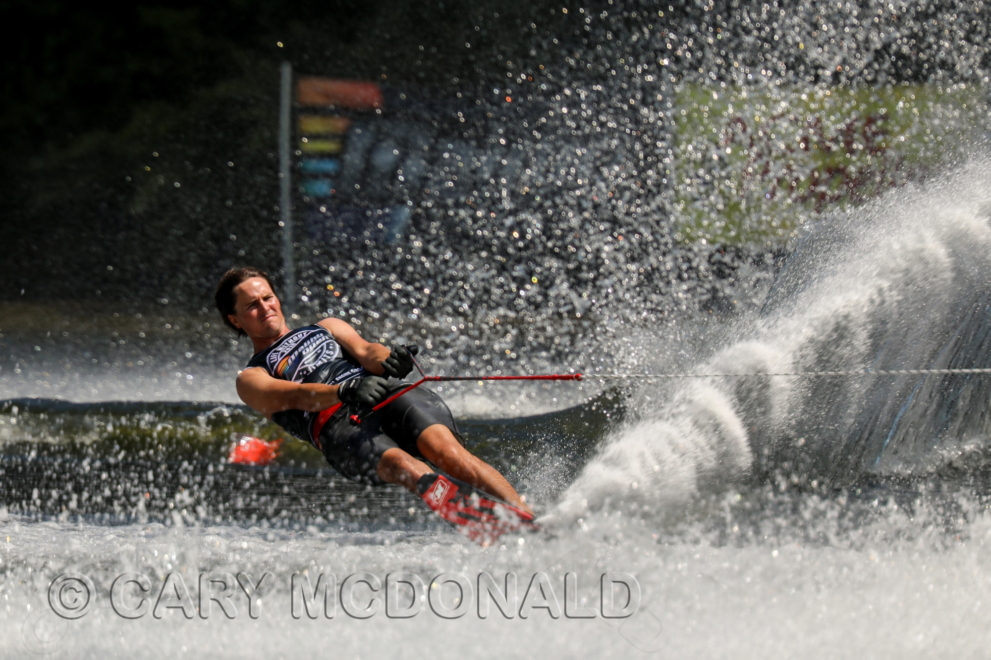 Nate Smith water skiing